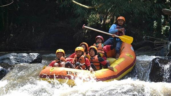 batu-rafting